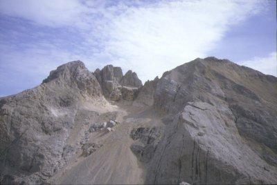 Panorama sul Corno Grande dal Corno Piccolo (19860 bytes)
